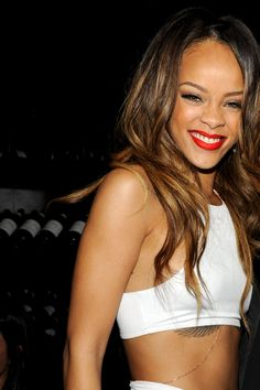 Rihanna cute scrunchy face