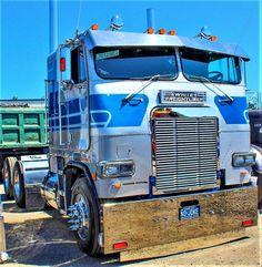 custom trucks and equipment Big Rig Trucks, Semi Trucks, Cool Trucks, Pickup Trucks, Custom Big Rigs, Custom Trucks, Trailers, Freight Truck, Freightliner Trucks