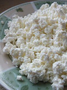 Ízőrző: Túró készítése otthon Quiche, Feta, Dairy, Cheese, Food, Kitchens, Mascarpone, Thermomix, Homemade Bbq Sauce Recipe