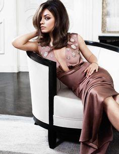 Mila Kunis - vintage elegant look her hair! Beautiful Celebrities, Beautiful People, Beautiful Women, Celebrities Fashion, Mila Kunis, Ukraine, Ted, Photo Star, Portraits