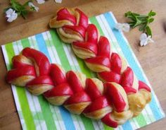 Bread Recipes, Cooking Recipes, Cake Art, Art Cakes, Bread And Pastries, Croissant, Toque, Sushi, Watermelon