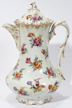 Lot:081375: DRESDEN STYLE PORCELAIN CHOCOLATE POT, Lot Number:81375, Starting Bid:$50, Auctioneer:DuMouchelles, Auction:DuMouchelles August 18th Auction, Date:08:00 AM PT - Aug 18th, 2012