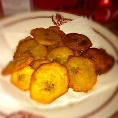 レシピとお料理がひらめくSnapDish - 4件のもぐもぐ - Fried plantains chips by mya comstock