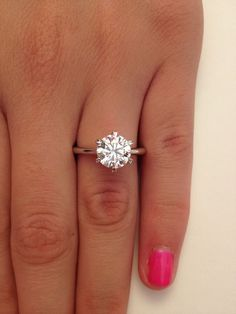 2 00 Ct Round Cut D VS1 Diamond Solitaire Engagement Ring 14k White Gold / http://www.himisspuff.com/engagement-rings-wedding-rings/39/