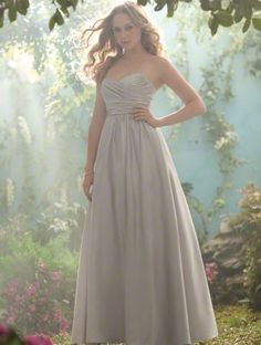 Gesinee's Bridal   Bridesmaid