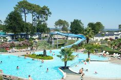 Camping LES VIVIERS, Claouey (France): http://www.topcampings.com/en/camping/156/Camping-LES_VIVIERS.html