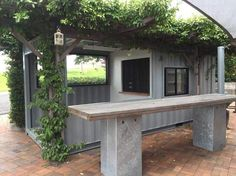A Shipping Container Cafe or 'Pop Up Cafe' is a great way to make your business stand out. Let Port Shipping Containers show you how. Container Burger, Container Hotel, Shipping Container Cafe, Container Coffee Shop, Shipping Containers, Cafe Design, House Design, Interior Design, Pop Up Cafe
