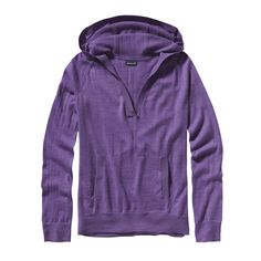 Patagonia Women's Lightweight Merino Hoody - A full, elegant hood, marsupial pouch pockets and a drop-tail hem give this extra-fine merino wool hoody pullover style