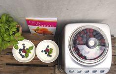 Fruchtig, frisch und lecker - mit der Magimix Eismaschine kreiert ihr euer Lieblingseis im Handumdrehen.