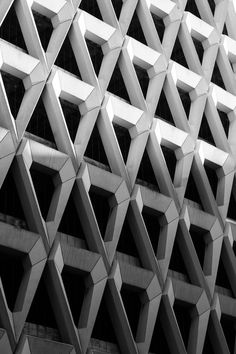 Details we like / Architecture / Patern / White / takeovertime