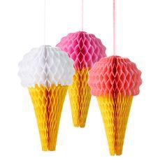 Wabenbaelle als Eiscremetueten in weiss, pink und pfirsich