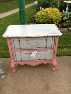 Hey, I found this really awesome Etsy listing at http://www.etsy.com/listing/163630472/annie-sloan-chalk-painted-furniture