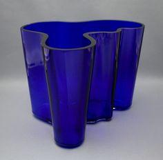 Maljakko, Aalto, Alvar Aalto Alvar Aalto, Glass Dishes, Glass Design, Cobalt Blue, Finland, Body Art, Glass Art, Material Things, Vase