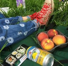 OOOH!! Let's have a little picnic like this up at the secret garden at the monastery