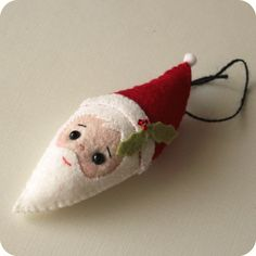 Gingermelon Dolls: Free Santa Ornament Pattern