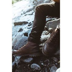 Keeping my feet dry and comfy by wearing a pair of @timberland Earthkeepers on my latest hike/walk at Winner Creek in Girdwood.  Props to @oceamarie for the shot with my edit... we should do these more often.  #ootd #ftwotw #ftwotww #picoftheday #potd #photooftheday #timberland #timberlands #folkgood #chasingemotions #streetdreamsmag  #pacificnorthwest #postthepeople #mobilemag #justgoshoot #liveauthentic #pacificstates #livefolk #agameoftones #gooutside #createexploretakeover #aov…