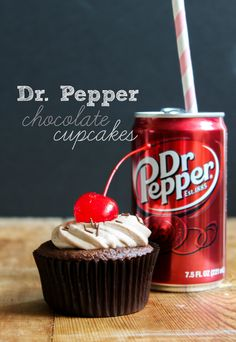 TheChic_dr pepper cupcakes