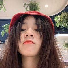 Cute Girl Poses, Cute Girls, Girl Pictures, Girl Photos, Teen Girl Photography, Gangsta Girl, Cute Girl Face, Ulzzang Korean Girl, Aesthetic Hair