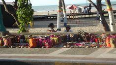 Malecon Rioacha- Venta de artesanías realizadas por Street View, Wrestling, Sports, Backpack, Colombia, Lucha Libre, Hs Sports, Sport