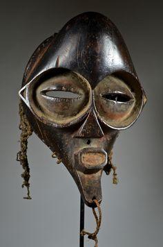 African Masks, African Art, Totems, Tragedy Mask, Art Premier, Masks Art, Soul Art, Art Archive, Black Mask