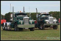Beautifully restored B Model Macks Old Mack Trucks, Big Rig Trucks, Semi Trucks, Mack Attack, Trucks And Girls, Heavy Truck, Diesel Trucks, Classic Trucks, Restoration
