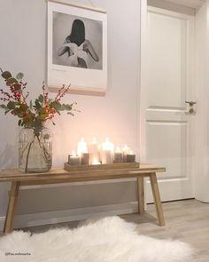Cassy sheepskin - Decoration For Home Hallway Inspiration, Living Room Decor Inspiration, Interior Inspiration, Hallway Decorating, Entryway Decor, Jade Design, Diy Interior, Interior Design, Modern Hallway