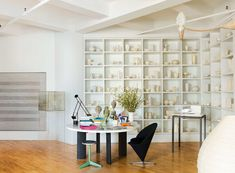 Robert Littman and Sully Bonnelly's enormous loft space | NY