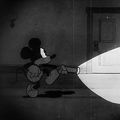 Find images and videos about gif, black and white and disney on We Heart It - the app to get lost in what you love. Dark Disney, Old Disney, Disney Art, Disney Mickey, Mickey Mouse Cartoon, Vintage Mickey Mouse, Vintage Cartoon, Vintage Disney, Retro Cartoons