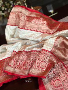Katan Silk Banarasi - Off-white Checks Red saree Kanjivaram Sarees Silk, Banarsi Saree, Indian Silk Sarees, Pure Silk Sarees, Kanchipuram Saree, Ethnic Sarees, Lehenga, Silk Saree Blouse Designs, Saree Blouse Patterns