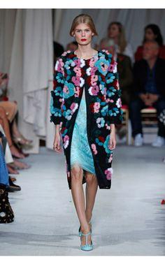 Oscar de la Renta Look 28 on Moda Operandi