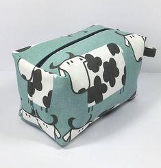 Large Boxed Make Up Bag/Comestic Bag/Travel Bag/Gadget