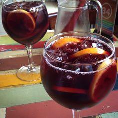 Sangría Red Wine, Alcoholic Drinks, Victoria, Food, Alcoholic Beverages, Meals, Yemek, Liquor, Eten