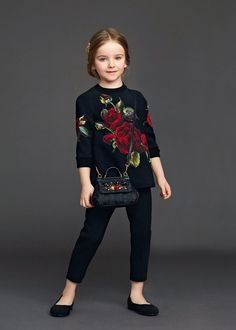 http://www.dolcegabbana.com/child/collection/dolce-and-gabbana-winter-2016-child-collection-36/