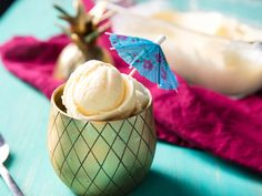 Dole Whip's got nothing on this refreshing pineapple ice cream made with fresh fruit. Pineapple Ice Cream, Pineapple Syrup, Pineapple Desserts, Pineapple Recipes, Ice Cream Desserts, Frozen Desserts, Ice Cream Recipes, Fiesta Party, Fresh