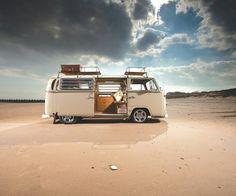 In the white sand Volkswagen Transporter, Vw Campervan Hire, Vw T1 Camper, Vw Caravan, Vw Bus T2, Auto Volkswagen, Transporter T3, Campers, Vespa