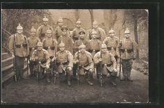 German WW Photo Pc Soldaten in Uniformen mit Überzug R15-Gewehr 88 und Bajonett