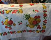 vintage 1950s colorful fruit pattern cotton tablecloth   new condition  52 x 74