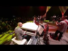 [HD]張靚穎Jane Zhang-傾聽-Concerto Pour Deux Voix - YouTube