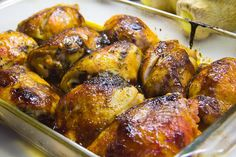 One of the most popular chicken recipes, these sweet and spicy broiled chicken thighs are flavored with chili powder, cumin, garlic and cider vinegar. The recipe is super easy to… Yummy Chicken Recipes, Spicy Recipes, Meat Recipes, Sunday Dinner Recipes, Best Dinner Recipes, Broiled Chicken Thighs, Chicken Casserole, Sweet And Spicy, No Cook Meals