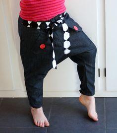 baggy denim pants. Found via 'bare WUNDERBAR' blog.
