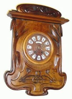 French Art Nouveau clock in walnut
