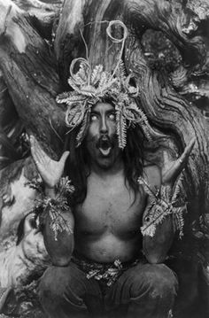 Hamatsa ritualist in British Columbia, Canada, 1914. More at http://www.global-awareness.org/resources/globalchange_files/ch04.html