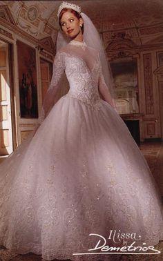 Bridal Party Dresses, Bridal Gowns, Wedding Gowns, Wedding Cakes, Vintage Gowns, Vintage Bridal, Vintage Weddings, Perfect Bride, Bridal Fashion