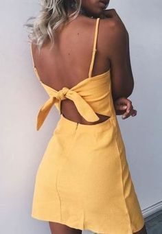 Yellow mini dresses are perfect cute summer outfits! Summer Outfits For Teens Beach, Most Beautiful Dresses, Tie Backs, Cheap Dresses, Formal Dresses, Beach Dresses, Fashion Lookbook, Fashion Outfits, Womens Fashion