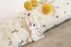 Petit lapin de Pâques en broche {brick stitch} - Avec ses 10 ptits doigts - blog DIY