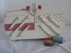 Aufbewahrungsmittel - Nähkasten Vintage Shabby Chic - ein Designerstück von erbstueckchen bei DaWanda