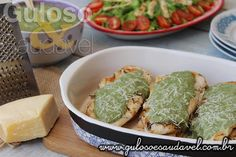Sabe que ingredientes têm esquecidos na geladeira?!  Assim nasceu este delicioso filé de Peito de Frango ao Molho de Espinafre, vão amar!!!    #Receita aqui: http://www.gulosoesaudavel.com.br/2015/03/04/peito-frango-molho-espinafre