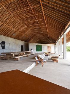 ARCHITECTURE | Stretching along the Mexican coastline, Casa Wabi beautifully…