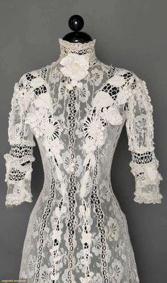 Gown (image 4) | 1905 | Irish crochet lace, Valenciennes lace, torchon lace | Augusta Auctions | April 8, 2015/Lot 86
