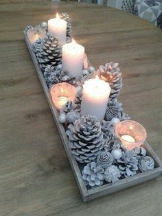 15 beautiful Christmas table decorations you can copy Diy Christmas Decorations Easy, Decorating With Christmas Lights, Holiday Centerpieces, Winter Wonderland Decorations, Winter Decorations, Centerpiece Ideas, Wedding Decorations, Diy Christmas Crafts, Christmas Table Centerpieces